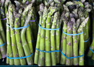 An easy way to store asparagus for up to 2 weeks.